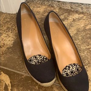 J.Crew closed toed espadrilles in navy blue.